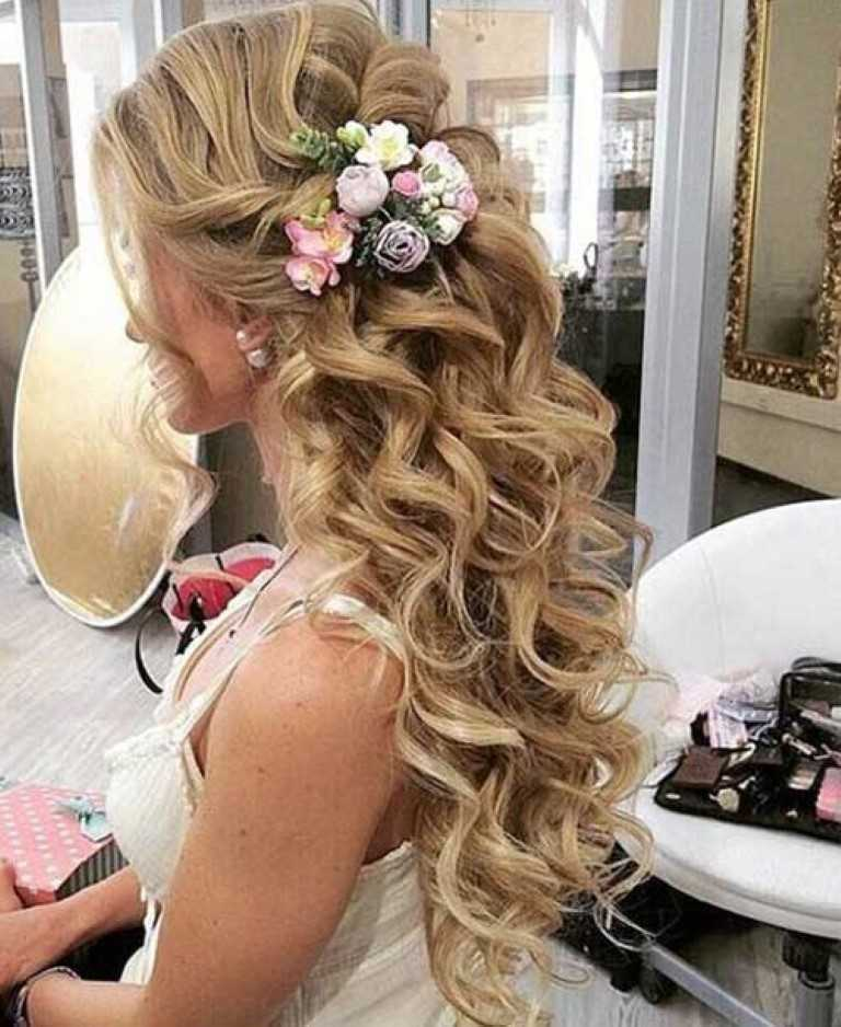Braut-Haar Hälfte Hochsteckfrisur