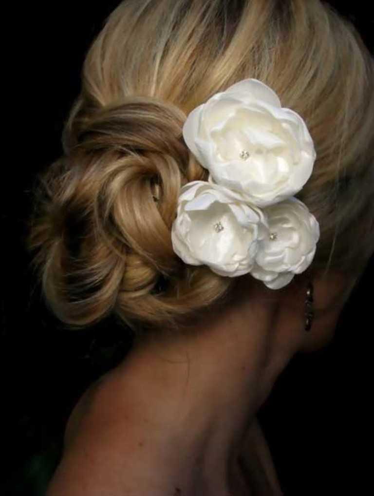 5. Hochzeit Hochsteckfrisur mit Blumen