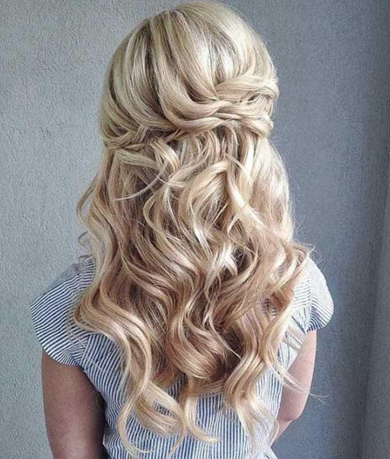 9. Die Hälfte Up-Lange Gewellte Frisur für die Hochzeit