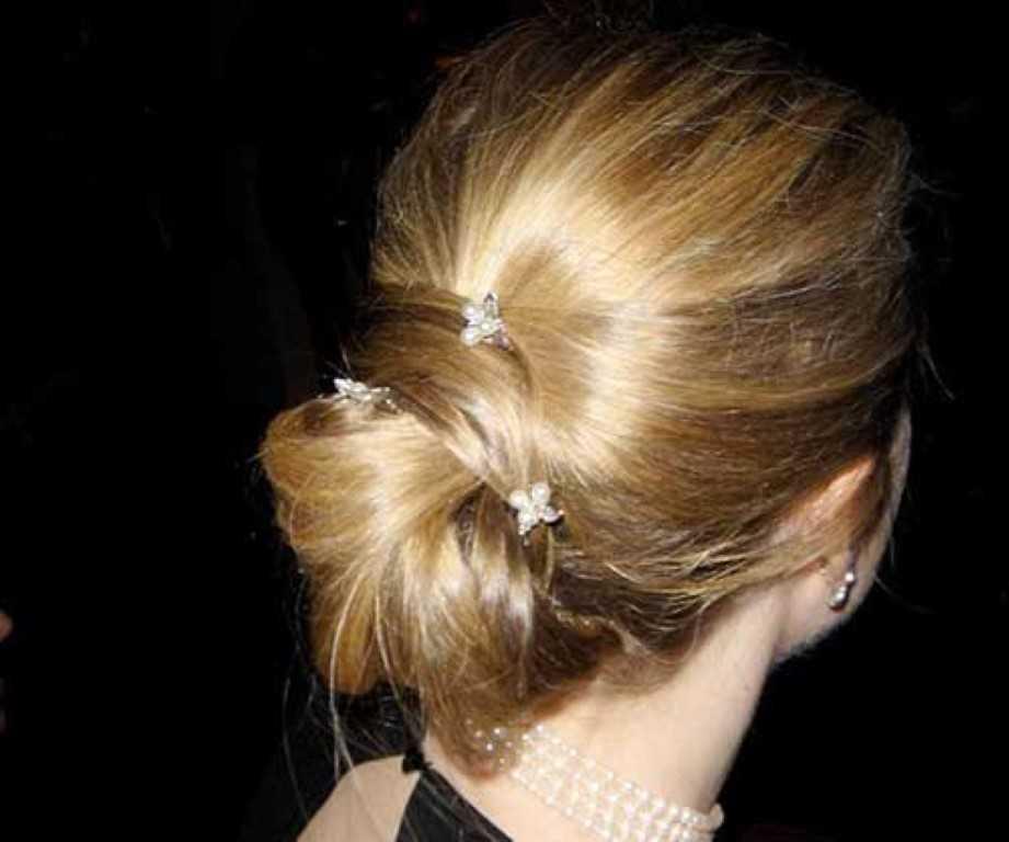 16. Am besten Einfach Updo Stil für Mittlere Haar
