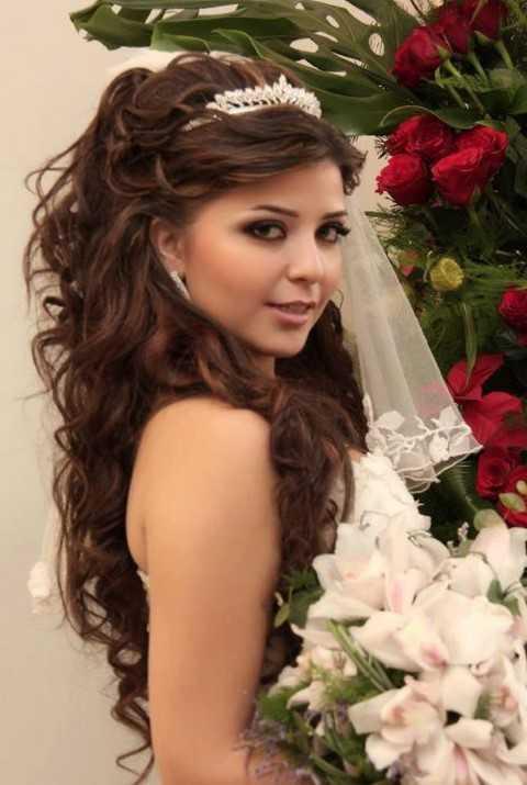Curly Hochzeit Frisur