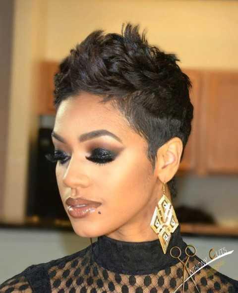 11 Niedliche Kurze Haarschnitte für Schwarze Frauen 2016 – 2017