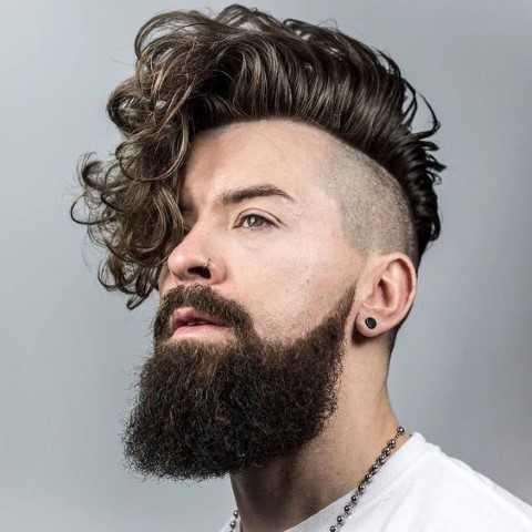 20 Lockenfrisuren Frische Fur Manner Frisuren Trends