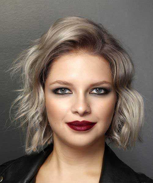Kurze Asche Blonde Wellige Frisuren-16