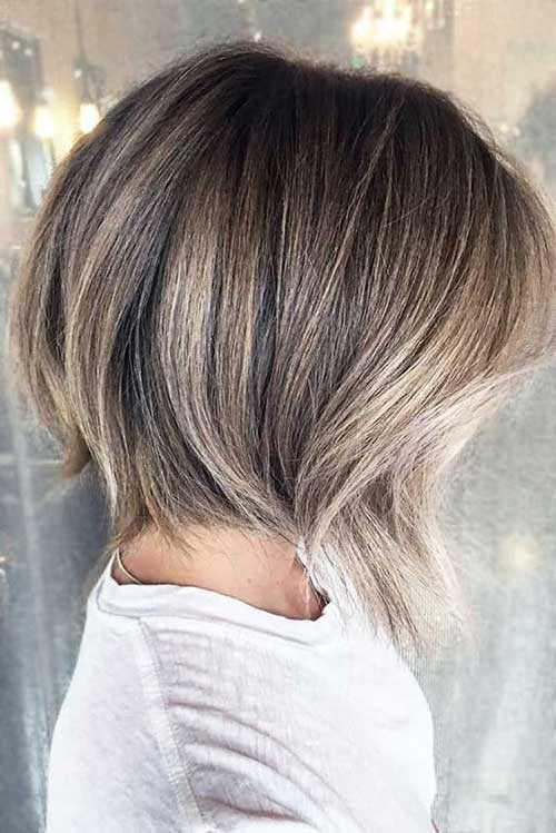 Kurze Asche Blond Balayage Frisuren-18