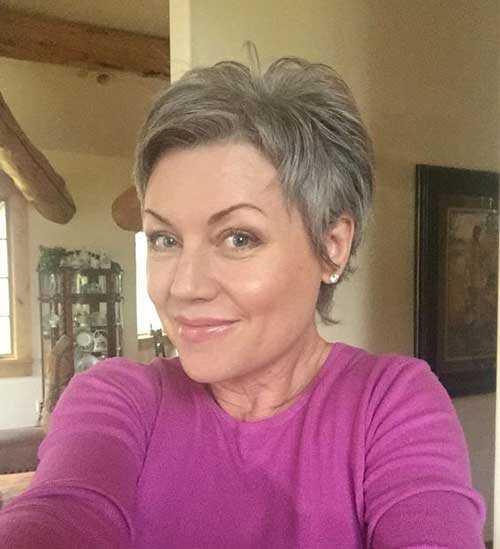 Sehr Kurze Haarschnitte für Ältere Frauen