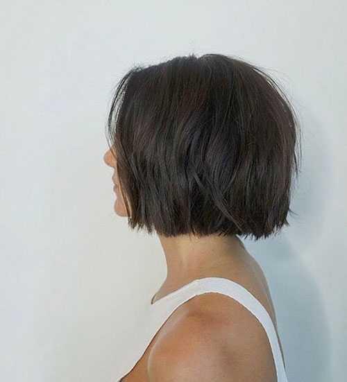 Kurze Bob Haarschnitte für Frauen mit Dicken Haaren-10