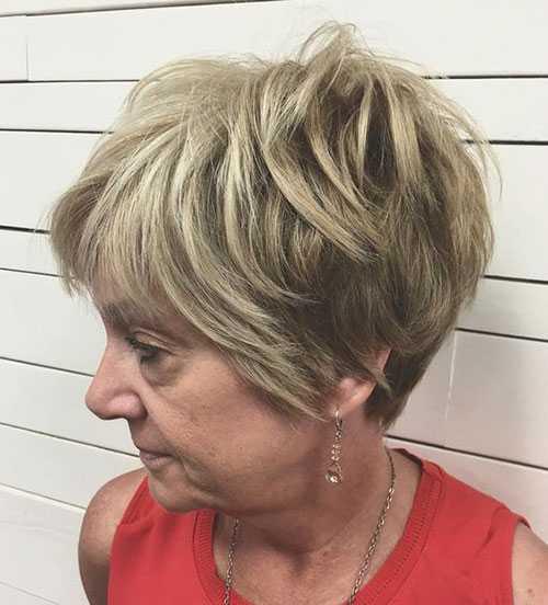 Edgy Pixie Haarschnitte Frauen Über 50-12