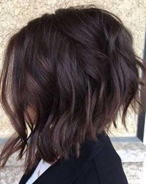 Kurze Haarschnitte für Frauen mit Dicken Haaren-17