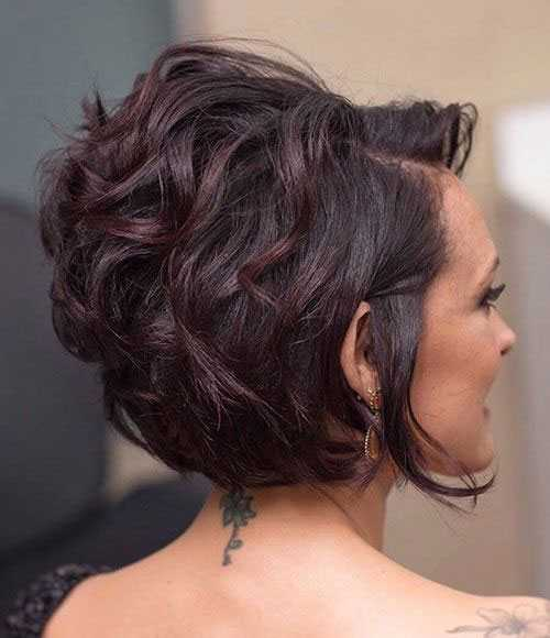 Kurze Haarschnitte für Frauen mit Dicken Haaren-19
