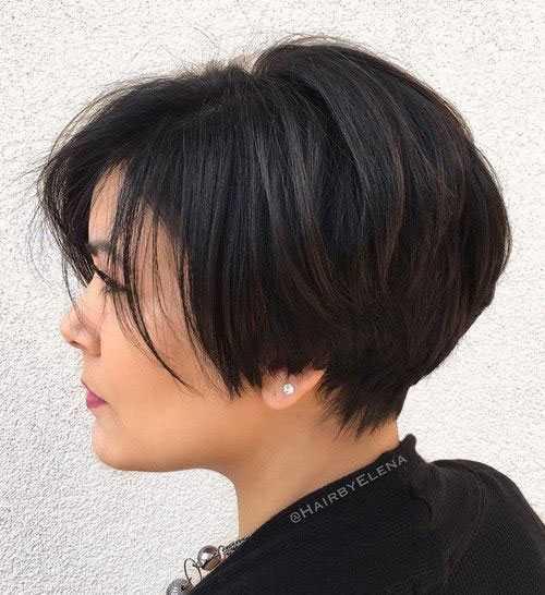 Kurze Haarschnitte für Frauen mit Dicken Haaren