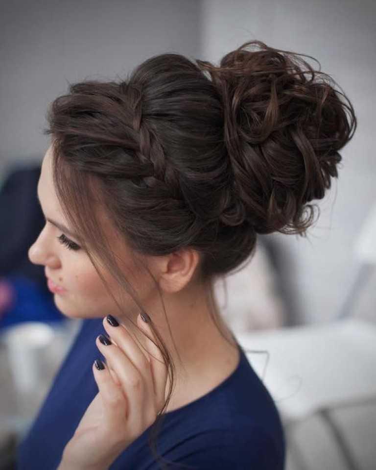 6 Schicke Geflochtene Hochsteckfrisuren für mittellanges Haar-3