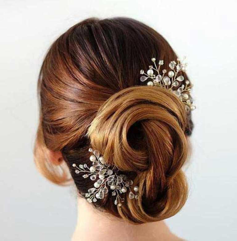 Schöne Braut-Hochsteckfrisuren für Lange Haare-15