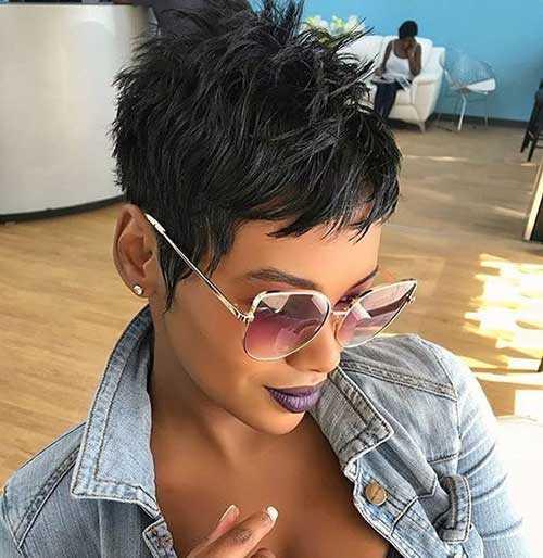 Pixie Haarschnitte für Schwarze Frauen-22