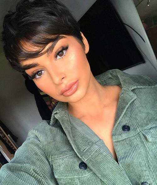 Pixie Haarschnitte für Schwarze Frauen-23