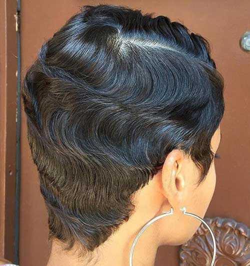 Ansicht von Hinten Pixie Haarschnitte für Schwarze Frauen-6